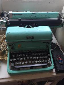 typewriter, writer tools