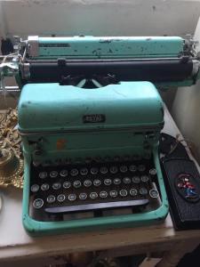 typewriter, writer tools